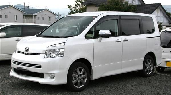 Toyota Noah Van For Hire Kenya 2